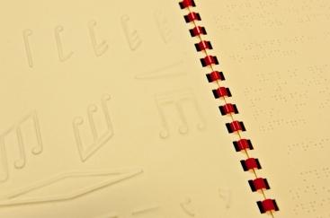 Représentations en relief de symboles musicaux