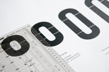 Détails de l'aspect modulaire des caractères