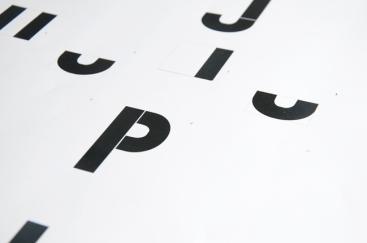 Déconstruction des caractères