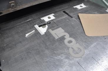 Contre-matrice de gaufrage découpée à la main (Gravure Choquet)